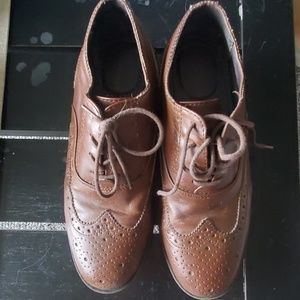Mens dress shoes